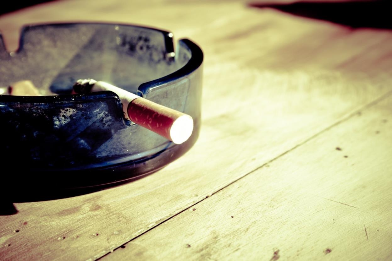 Ashtray, smoking, smoker, stop smoking, www.carlyknapp.com